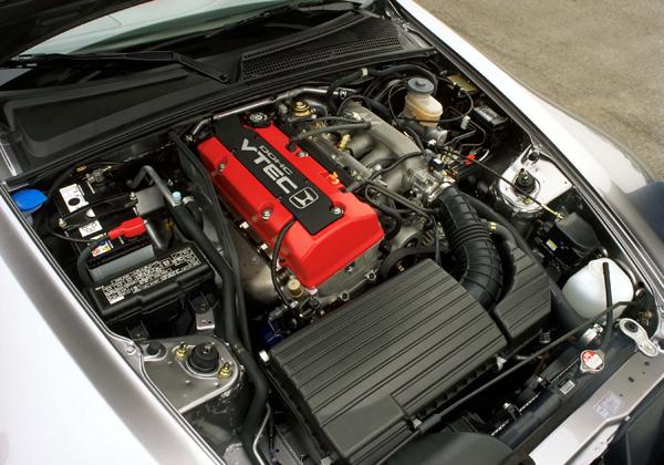 早期型S2000上所搭載的F20C引擎,高轉速時的爆發力是為人所津津樂道的特色。