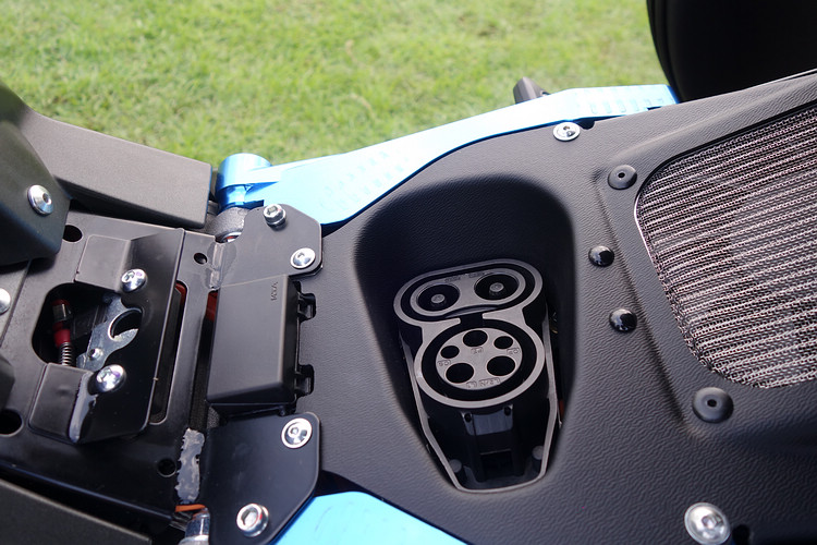義大利 ENERGICA 電動機車�式登台,入門價 126.8 萬起