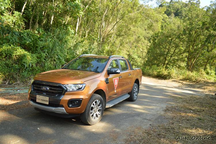 國內引進的車型是Ranger車系中最高階的Wildtrak,本次升級超過10萬元的配備。