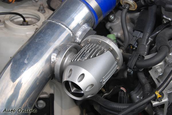 渦輪增壓車需透過洩壓閥,將過的壓力釋放掉,來保護渦輪增壓的零件。