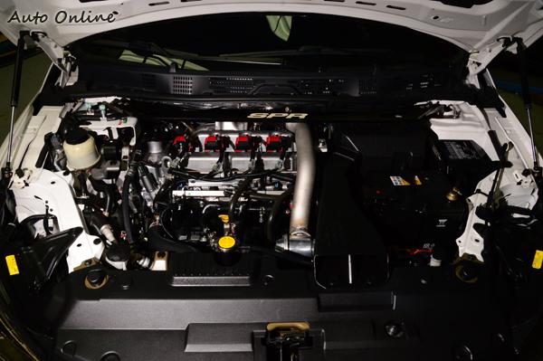 在原廠電腦為克服前,動力大致維持原廠,只針對進排氣作小幅度提升。