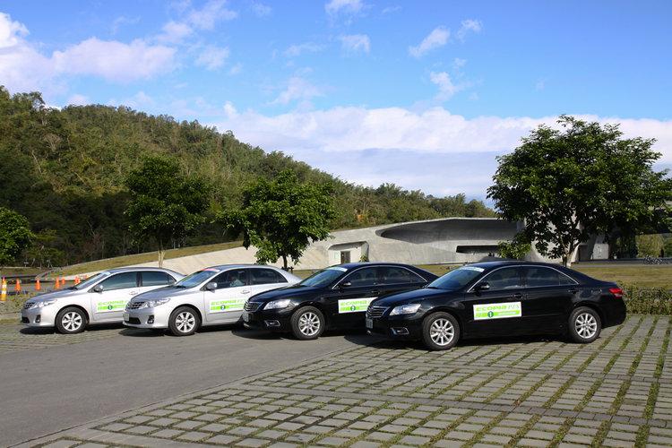 從ECOPIA PZ-X的規格與特性不難看出,它鎖定的客群明顯就是照片中的兩款房車。