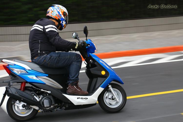BON的油門演反應相當柔順,加速性相當順暢。良好的車身平衡也讓人喜歡。