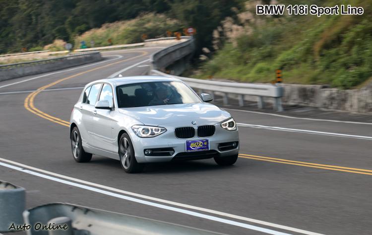 實際體驗118i,車身動態相當好掌握,而且轉向靈活而精確。