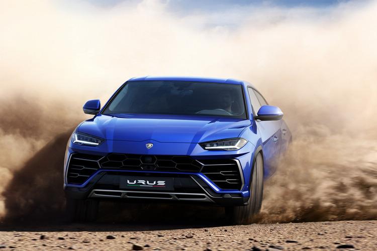 即使車主不太可能讓它跨出柏油路以外,Urus仍是一款具備輕度越野能力的休旅車。