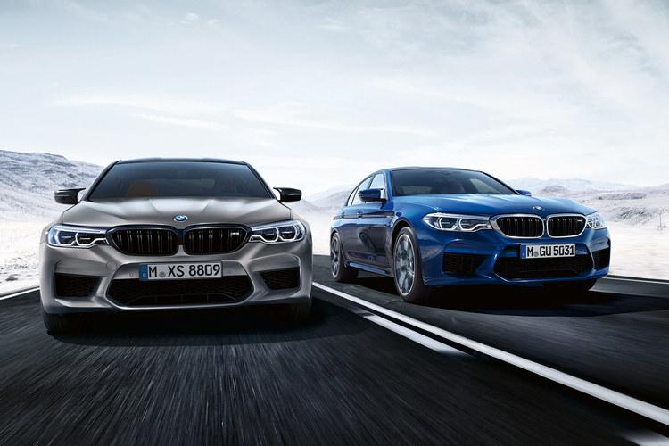 M5 Competition(左)經過動力提昇以及底盤懸吊的升級,0-100km/h加速成績比起標準版的M5(右)縮減0.1秒。