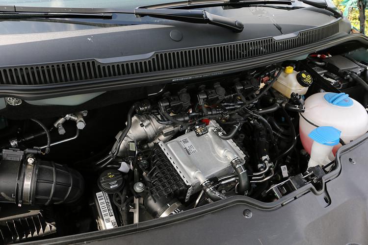 2.0升柴油引擎,具備199ps、45.9kgm的動力輸出性能。