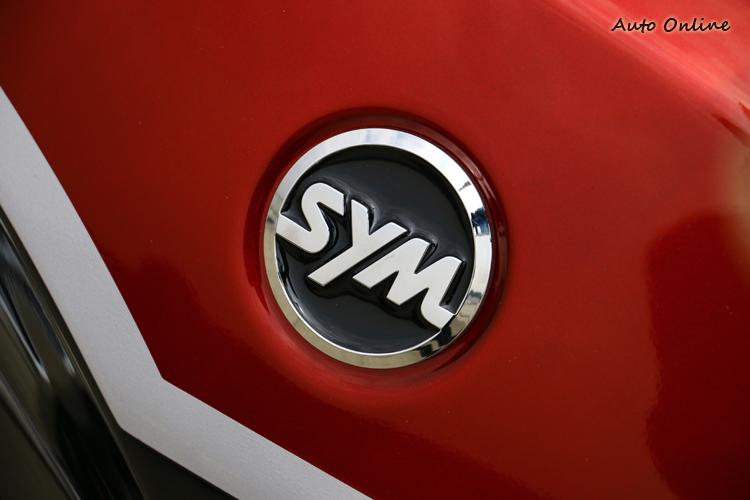 今年初三陽工業60年慶祝會中宣布全新的SYM廠徽,英文名稱也變成Sangyang Motors,凸顯在汽車、機車工業的全新出發!