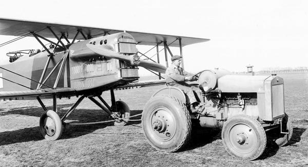 SKODA所生產的拖拉機HT30