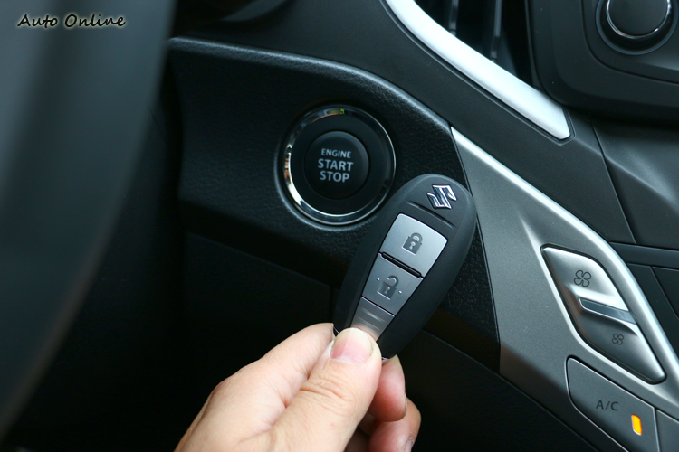 引擎啟動按鈕在小車上不太常見。
