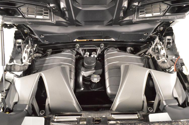 Performante Spyder之5.2升 V10自然進氣引擎可於8,000 rpm時輸出640 hp最大馬力,於6,500 rpm時達到600 Nm扭力峰值。