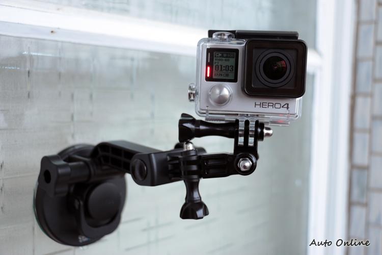 方便架設且擁有多種畫質的選擇,GoPro幾乎成為拍攝影片的必備器材。