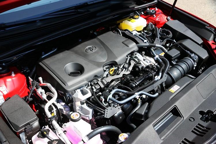 第四代Hybrid系統為基礎,加上一具熱效率達41%的2.5L Dynamic Force引擎,帶來最大綜效馬力218ps的動力輸出。