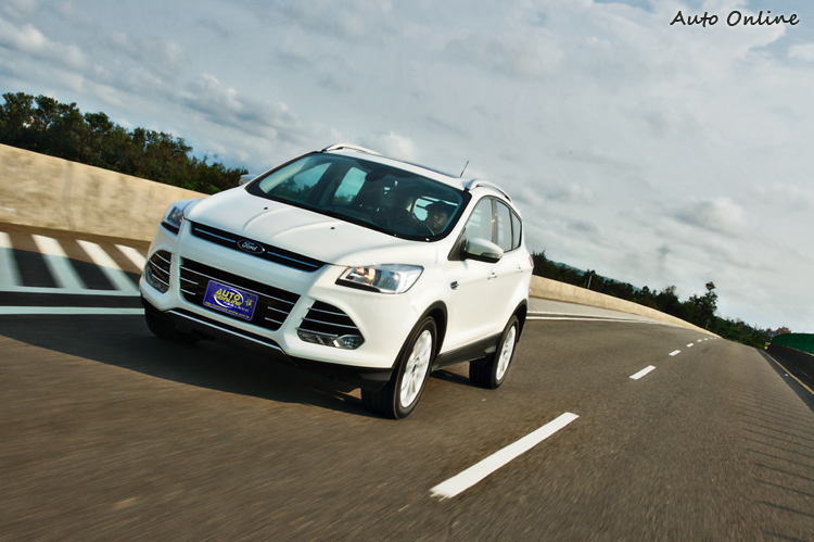 Kuga油門反應靈敏,加速力充足,性能表現三車中最佳。