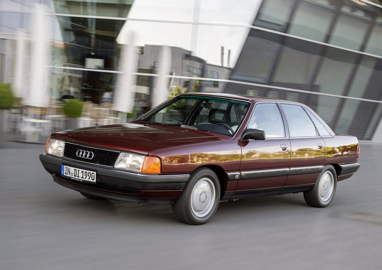 世界上第一款渦輪增壓五缸柴油引擎在1989年誕生,這款Audi 100 TDI再次創下新的里程碑。