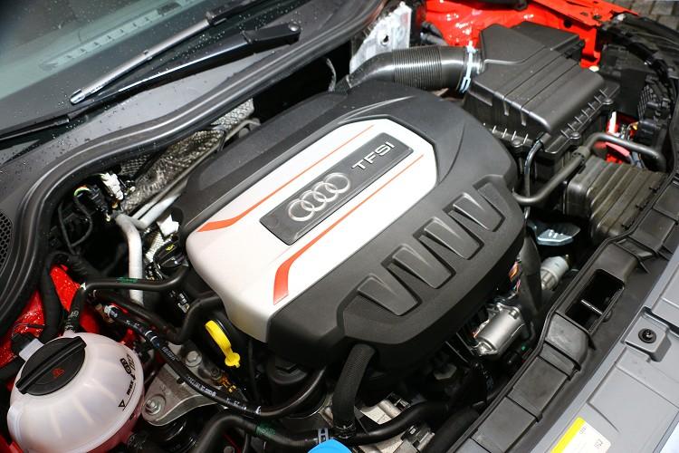 EA888實力不只如此,如果是在S3車型上,最大馬力可以達到300hp之譜。