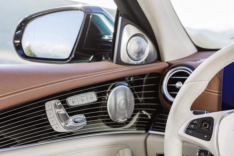 更現代感的內裝用料及質感,成為新一代E-Class的車艙特色。