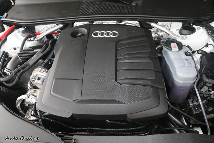 204匹的最大馬力與40.7公斤米扭力峰值已經充分發揮柴油引擎的特點。