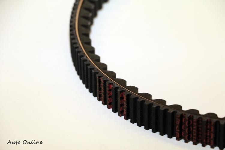 由PGO與MITSUBOSHI BELT共通開發TIGRA 150專用雙面齒型皮帶,耐用度更勝以往。
