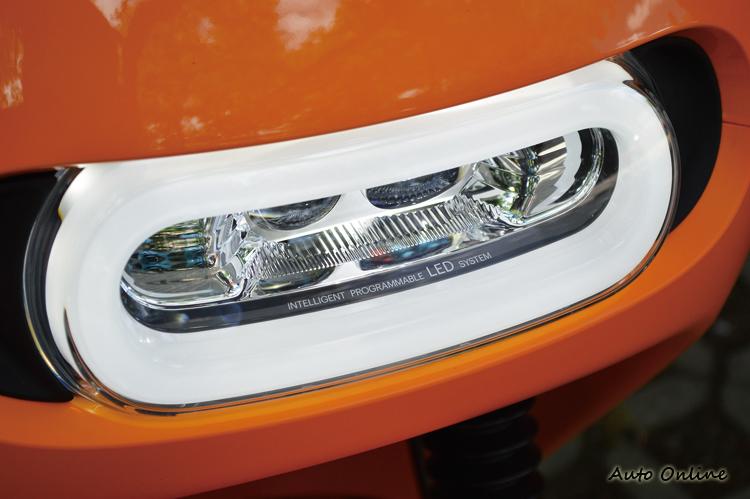 LED頭燈採用全時點燈的配置,啟動後車燈會主動開啟。