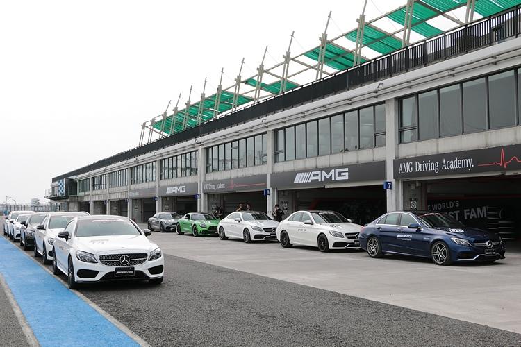 本次ADA同樣準備了全系列的AMG家族提供訓練與賽道試駕。