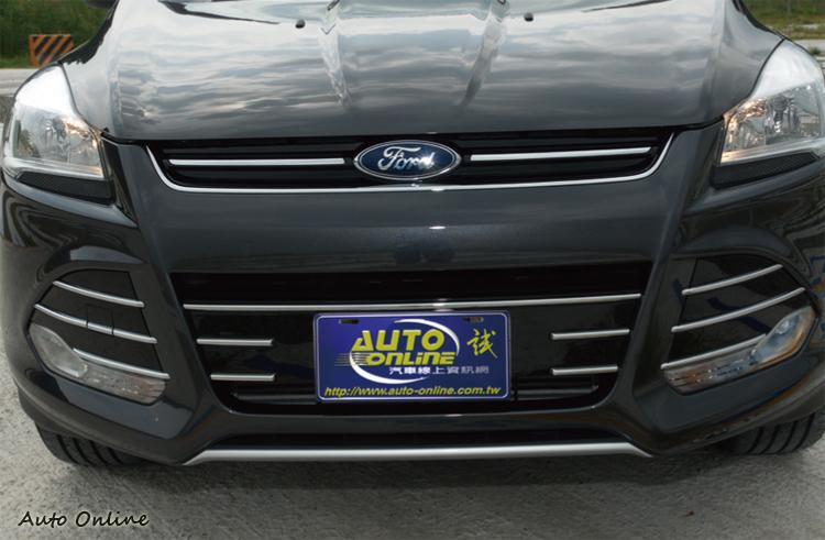 頗有運動風的車頭面貌與Focus大致相同,僅在細節上做差異。