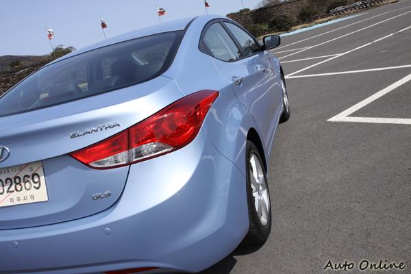 Hyundai越來越會在外觀的線條上大做文章,美醜見仁見智。