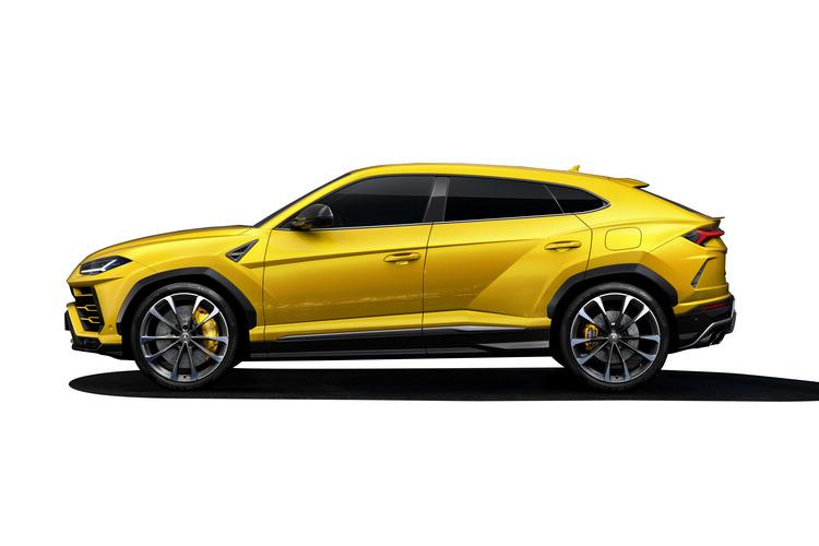 高頂後斜Coupe的輪廓,外觀富含一脈相傳的家族設計語言。