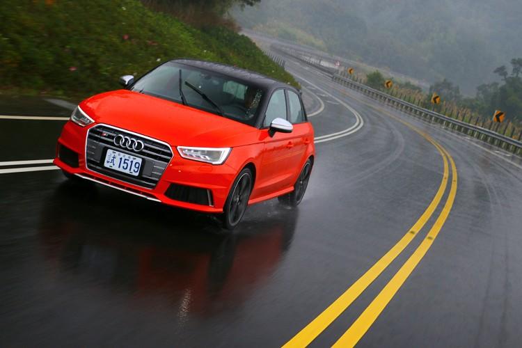S1沒有太多脾氣,容錯率又高,不太會因為駕駛犯錯造成危險。