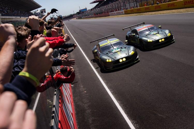 GTE Pro組別的冠軍之爭成為今年比賽最後關頭的焦點,Aston Martin激勵多次猛攻後,在衝線前順利擊敗對手拿下勝利,車隊立刻陷入狂喜瘋狂。