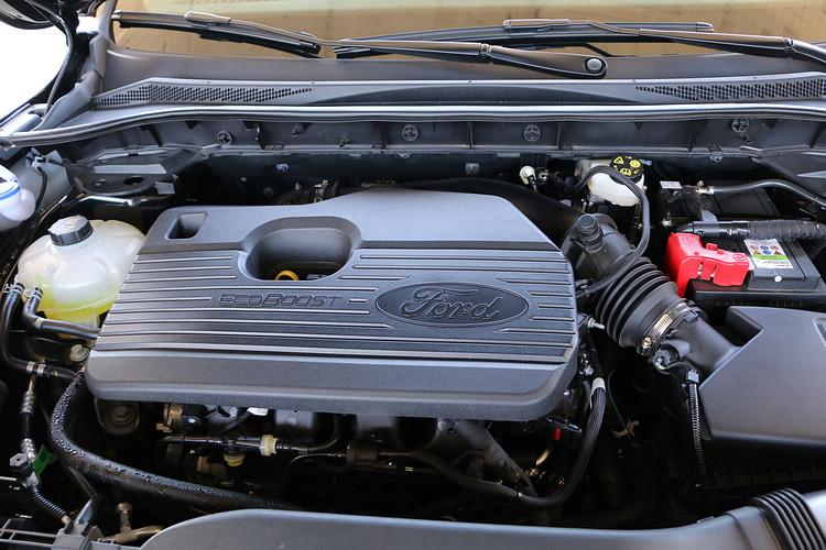 2.0L車型的250ps搭配強健底盤所帶來的操控實力,讓傲人性能不只是豪華品牌的專利。