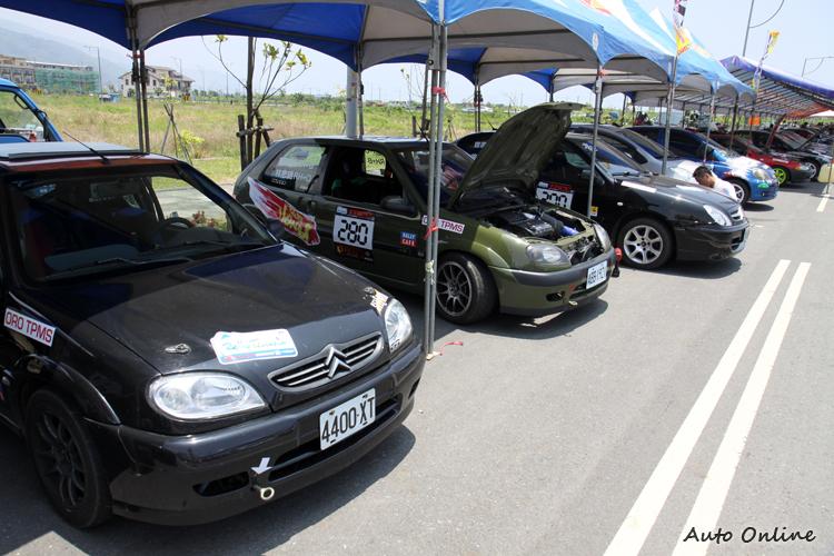 有山路小霸王之稱的Saxo這次也不少車輛參賽。