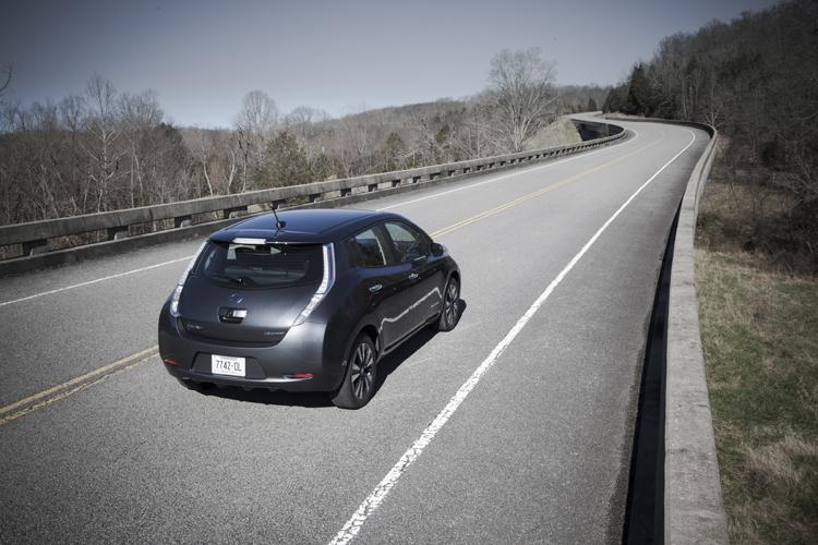 在劇烈的溫度變化天候環境下的進行實際行駛測試以驗證電池組在溫度變化的處理機制。