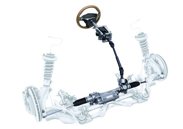 首次在911上使用電子式方向盤機構,少了方向機泵浦偷取引擎動力,讓百公里油耗可以減少0.1公升,透過電子感應器偵測,方向盤力道會隨著車速改變,齒比也跟著不同。