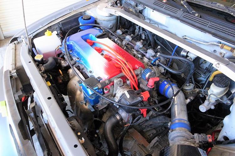 原廠的SR20DE引擎,勤保養的程序下,歷經多年的摧殘依舊頭好壯壯。