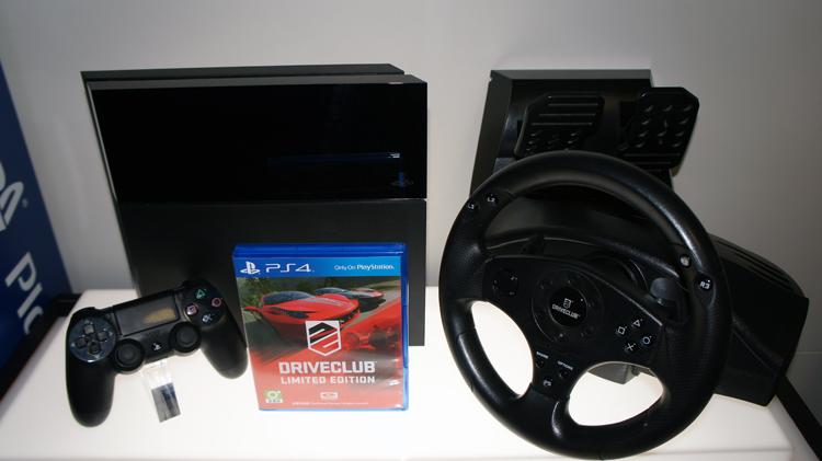 DRIVECLUB™單一遊戲片售價1,490元,配組機同捆包售價14,380元,專屬方向盤THRUSTMASTER T80售價3,380元。