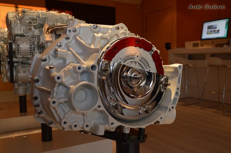 試駕的DRIVE-E車款都換上這顆由日本愛信所研發的AW TG-81SC八速變速箱。