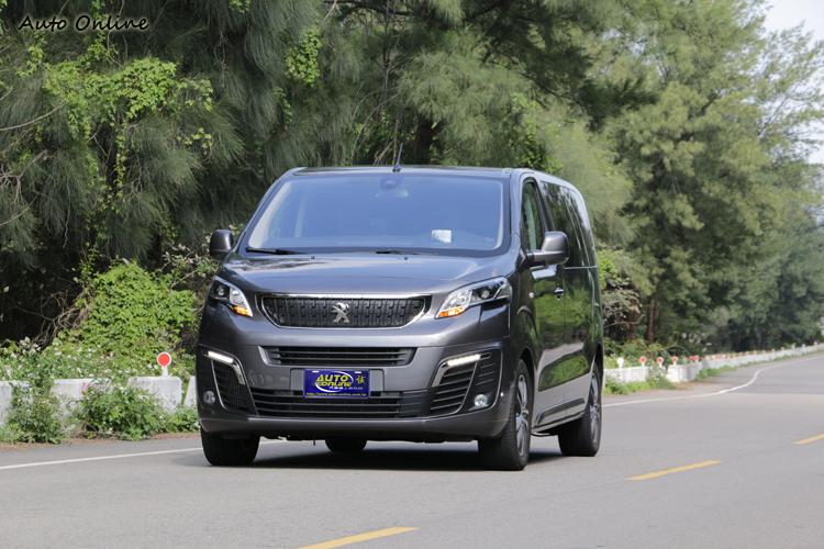 商旅車應用範圍較廣,總代理特別準備六款車型提供選擇。