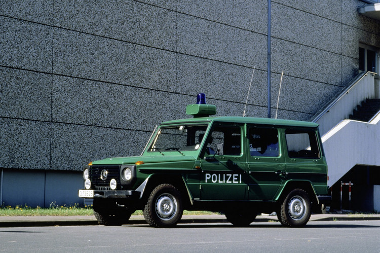 性能優異的G-Wagen能夠在任何地形上應付專業需求,成為軍警用車首選。