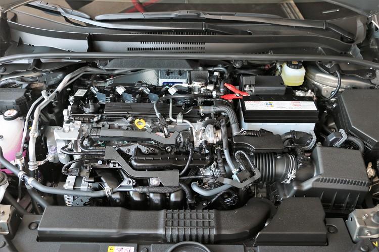 Dyanmic Force 2.0升四缸自然進氣引擎,搭配D-4S缸內直噴技術與高壓縮比13:1,創造出最大馬力170hp/6600rpm與20.9kgm/4800rpm最大扭力。