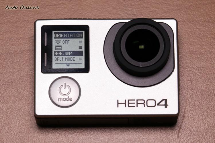 GoPro HERO 4 的小螢幕選單較前幾代更為簡潔明瞭。