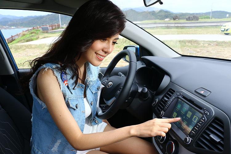 駕著高質感又安全的KIA morning,伴著車內藍芽音樂迎風出遊,輕而易舉就能進行一場輕旅行。