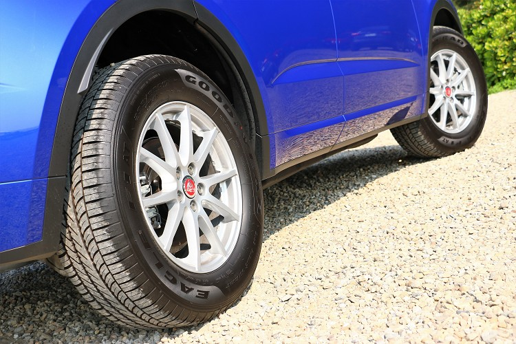 鋁圈尺寸會是購車後的升級項目,或者可選配較大規格尺寸。