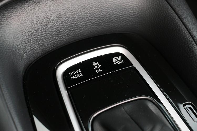行車模式切換可稍稍彌補動力的不足。