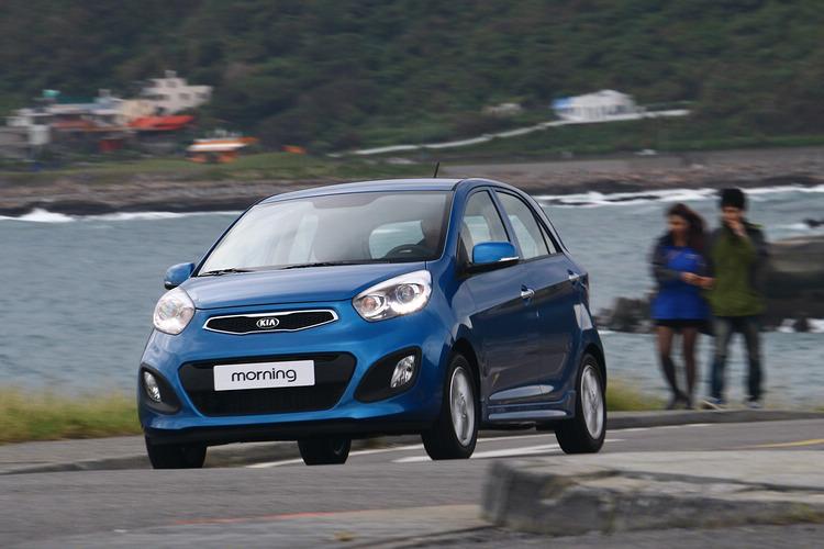 亮麗的外表,以及全面升級的質感內裝,morning堪稱為最靚微型車!