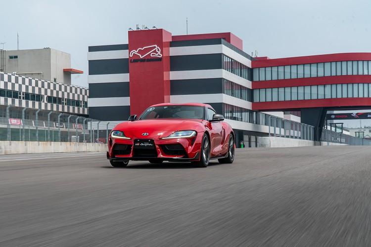 如果你是屬於熱血玩家,喜愛追求速度與操控間的樂趣,Toyota Supra的產品特性絕對有著極高CP值。