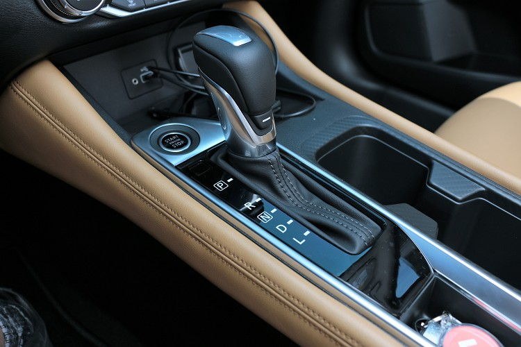 變速箱搭配全新第五代X-CVT無段自動變速系統,擁有新一代輔助齒輪機構,創造出8.7的超大變速比。