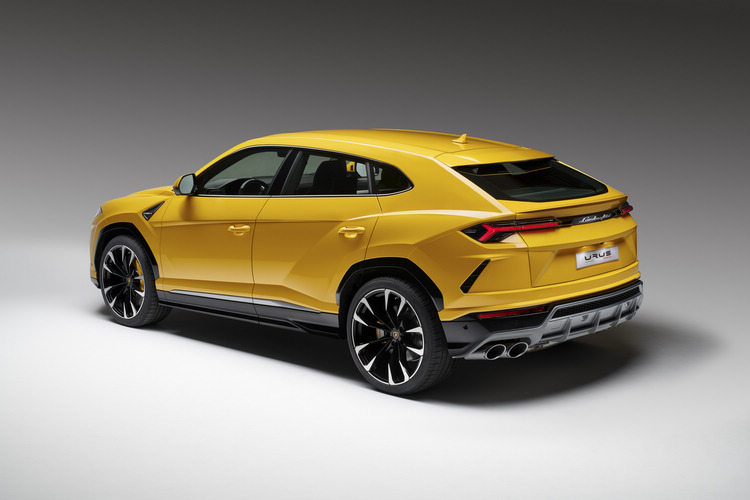 Lamborghini為Urus導入後輪轉向系統,用以提昇整體的動態表現。