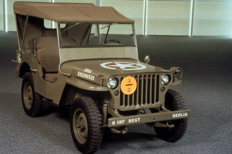 為了確保不同車廠生產的同一車款有相同的零件規格標準,軍方重新制定技術規格,因而出現升級版的Jeep Willys MB。