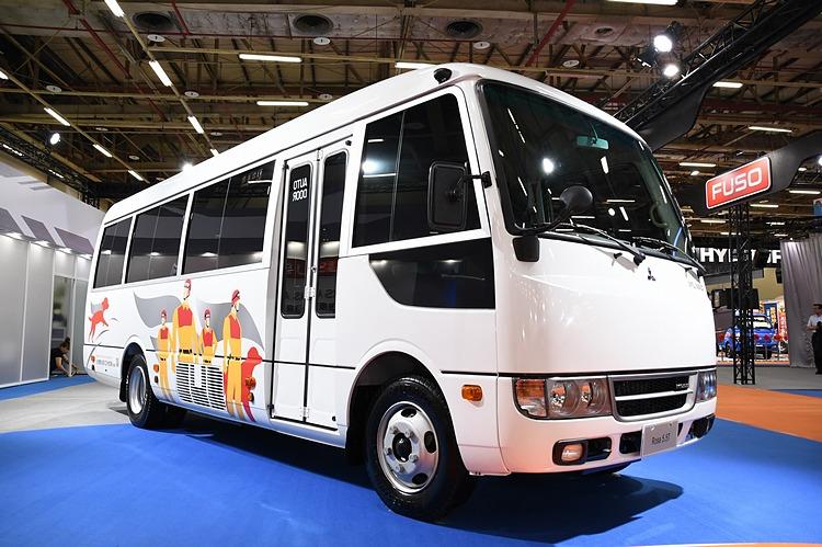 台灣戴姆勒亞洲商車於今年初花蓮地震搜救期間,捐贈Rosa中型巴士給消防署訓練中心特種搜救隊,保障搜救隊行車舒適與安全